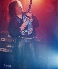 TIMO TOLKKI - Intervista TIMO TOLKKI - Faccia a faccia con il chitarrista! - 2002