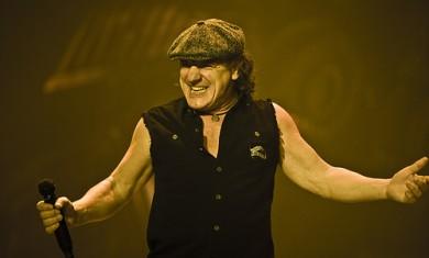 LET THERE BE ROCK - LA STORIA DEGLI AC/DC - Articolo - 2009