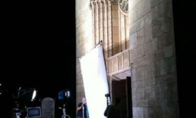 OZZY OSBOURNE: PRIME FOTO DAL SET DEL VIDEO DI 'LIFE WON'T WAIT' - Articolo - 2010