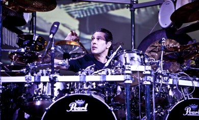 2011-07-dream-theater-mangini