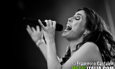 sharon den adel-within temptation-2011
