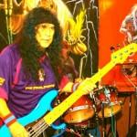 ANVIL: cambio di bassista