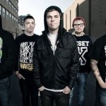 "STICK TO YOUR GUNS: il video di ""The Bond"""