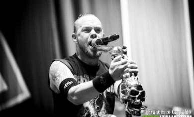 Five-Finger-Death-Punch-Ivan-L.-Moody-Newsletter-2013