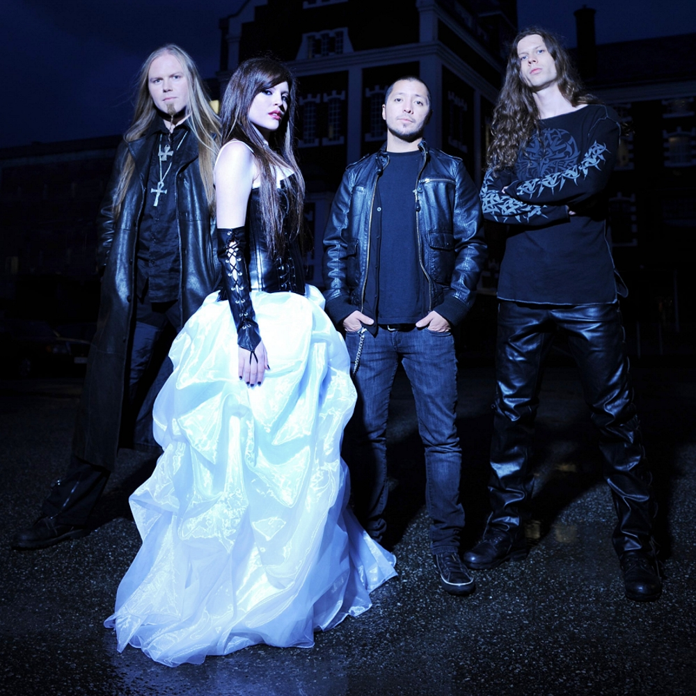 sirenia i dettagli di perils of the deep blue