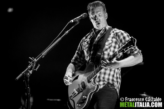 Queens Of The Stone Age - Live 2013