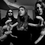 SUICIDAL ANGELS: video dallo studio