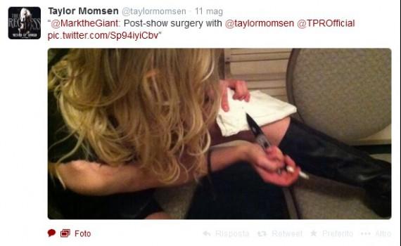 taylor-momsen-injury-knife