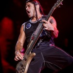 METALLICA: Robert Trujillo riattiva i MASS MENTAL