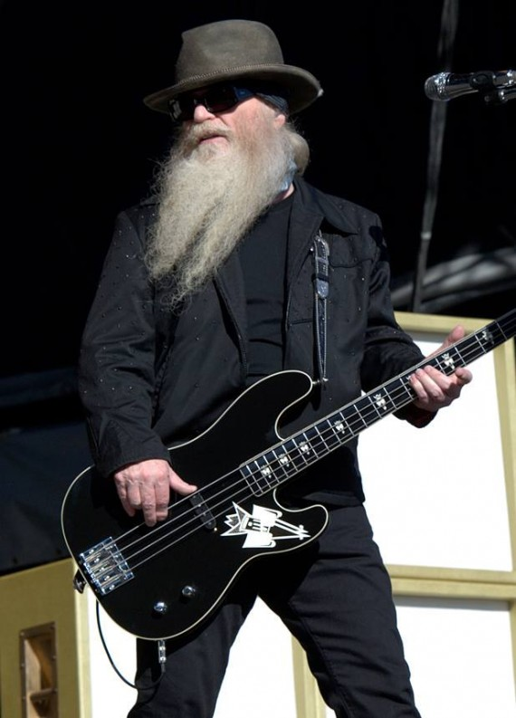 zz top - dusty hill - 2014