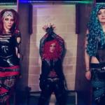 """THE LOUNGE KITTENS: il video della cover di """"Gloryhole"""" degli STEEL PANTHER"""
