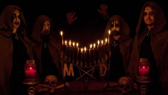Mortuary Drape - immagine intervista testo - 2015