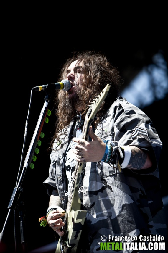 soulfly - max cavalera live gods of metal - 2012