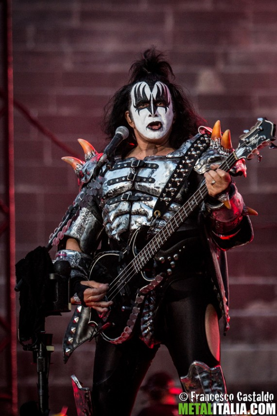 Kiss - Gene Simmons - live @ Verona 2015