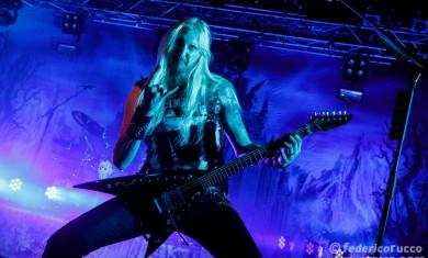 Hammerfall - Oscar Dronjak live Trezzo sull'Adda (MI) - 2015