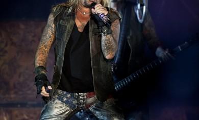 Motley Crue - Vince Neil live Gods Of Metal 2012