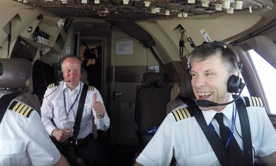 IRON MAIDEN - Bruce Dickinson - Ed Force One