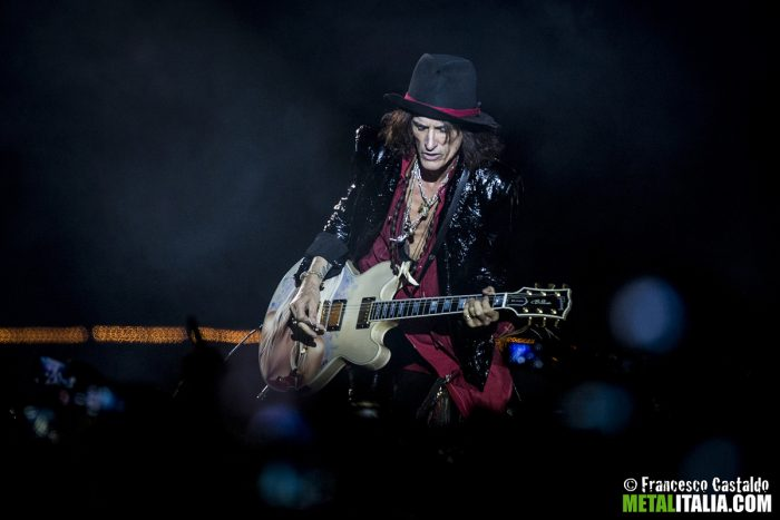 aerosmith - joe perrry - 2014