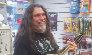 slayer - tom araya mandolino - 2016