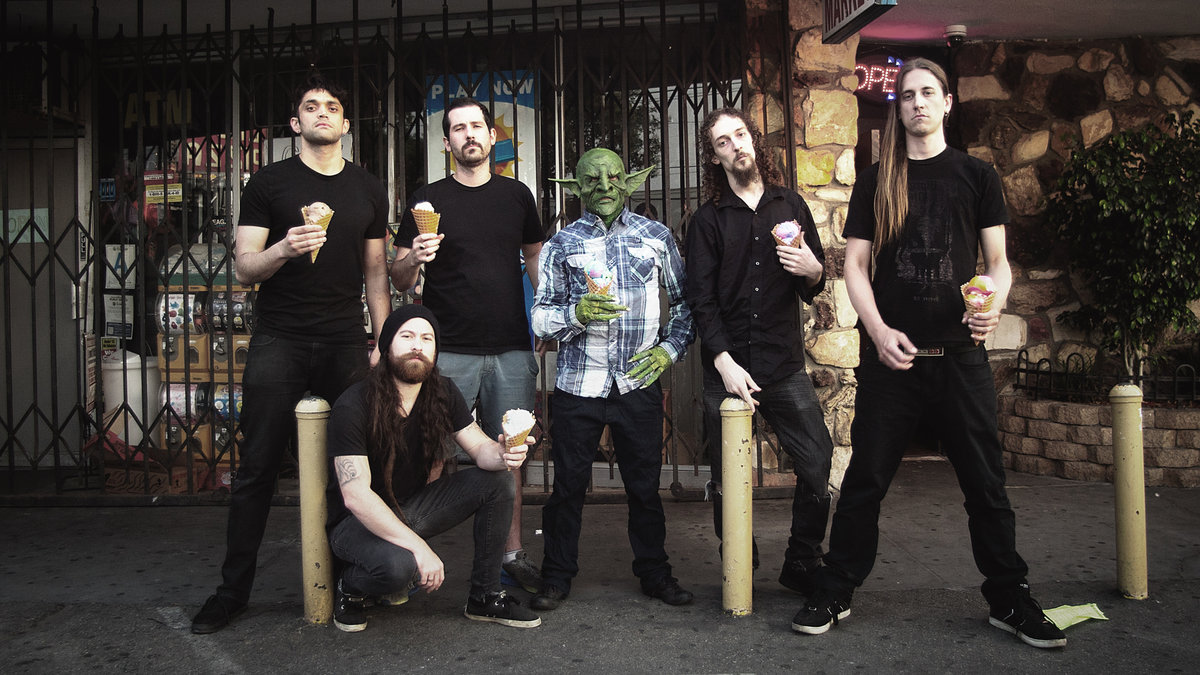"NEKROGOBLIKON: il video di ""Dressed As Goblins"""